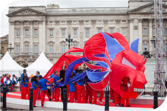 The Lions took their place on the Queen Victory Monument until giving way to the athletes.