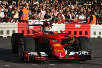 F1+Live+London+Takes+Over+Trafalgar+Square+02KTfYOM6iXl