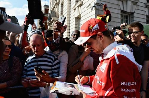 F1+Live+London+Takes+Over+Trafalgar+Square+46BohtQhKnAl