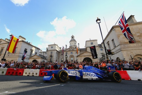 F1+Live+London+Takes+Over+Trafalgar+Square+49uJvvy4kQ3l
