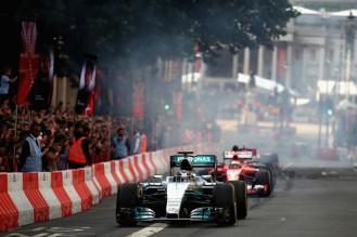 F1+Live+London+Takes+Over+Trafalgar+Square+6rS6Kb3608_l