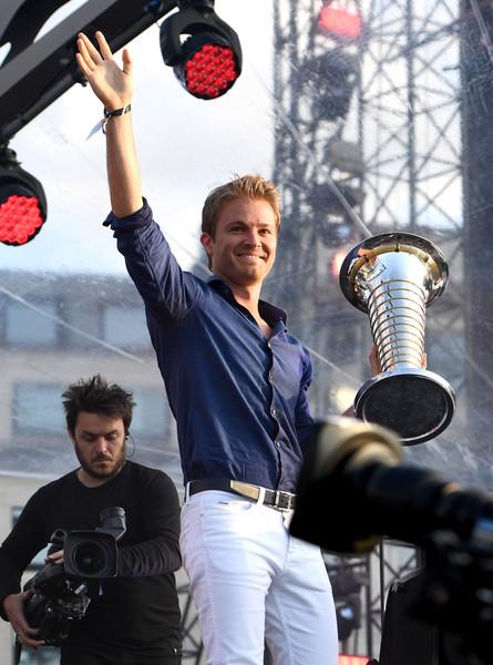 F1+Live+London+Takes+Over+Trafalgar+Square+8V_e6azW3bXl