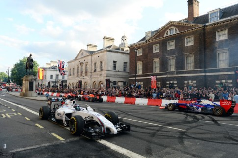 F1+Live+London+Takes+Over+Trafalgar+Square+EX-kTvNxDJDl