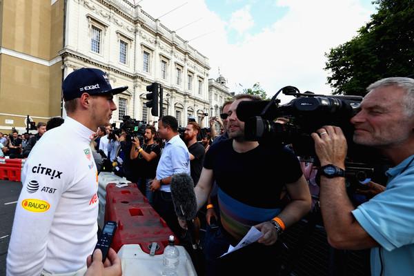 F1+Live+London+Takes+Over+Trafalgar+Square+hRaRz0Kryd_l