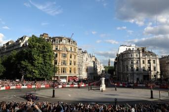 F1+Live+London+Takes+Over+Trafalgar+Square+ILnSkQ-dvhxl