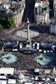 F1+Live+London+Takes+Over+Trafalgar+Square+j5yBH-qElJnl
