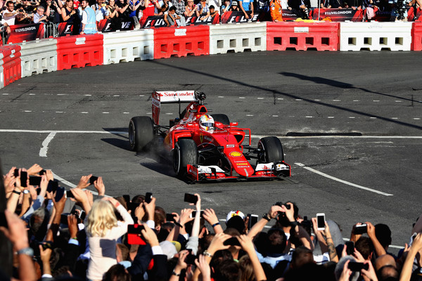 F1+Live+London+Takes+Over+Trafalgar+Square+jMXS6JlB3rFl