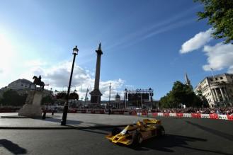 F1+Live+London+Takes+Over+Trafalgar+Square+k_LbToMwM_Pl
