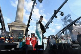 F1+Live+London+Takes+Over+Trafalgar+Square+mGXCYiqYKMal