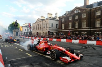 F1+Live+London+Takes+Over+Trafalgar+Square+MHQivegKgKcl