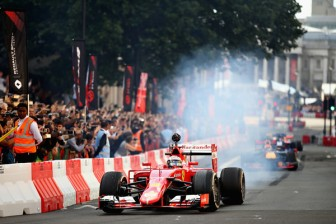 F1+Live+London+Takes+Over+Trafalgar+Square+sRxt8SUr7jml