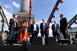 F1+Live+London+Takes+Over+Trafalgar+Square+v8Zp_MH4WJ8l
