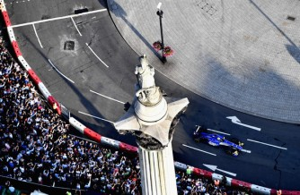 F1+Live+London+Takes+Over+Trafalgar+Square+WPAyWxMCmgjl