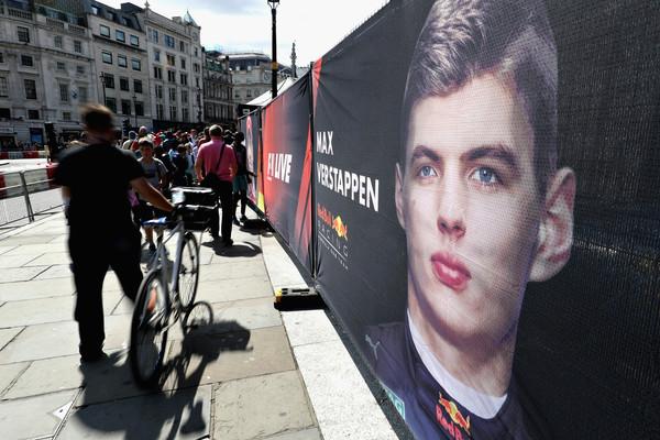 F1+Live+London+Takes+Over+Trafalgar+Square+xRcsQoHRWbkl
