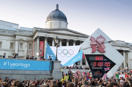 OMEGA_Countdown_Clock_at_Trafalgar_Square_1_year_to_go
