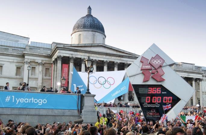 OMEGA_Countdown_Clock_at_Trafalgar_Square_1_year_to_go